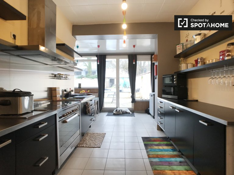 Spacious 1-bedroom apartment for rent in Uccle, Brussels