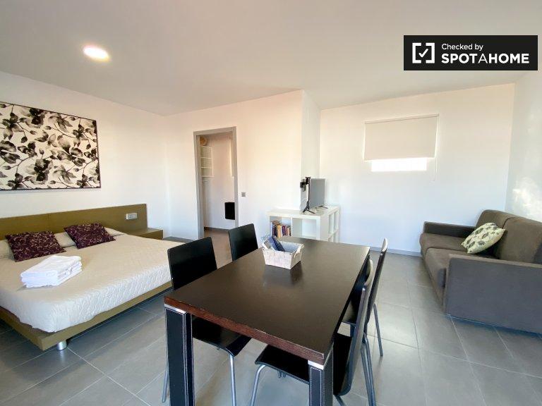 Schöne Studio-Wohnung zur Miete in El Cabanyal, Valencia