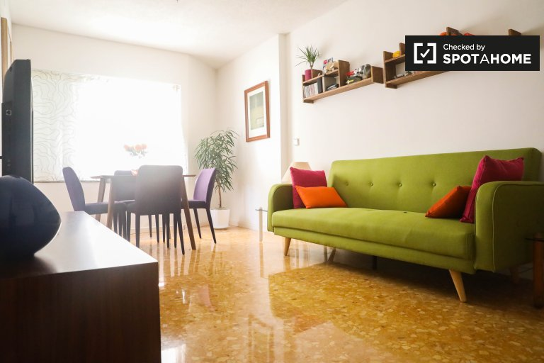 1-bedroom apartment with AC for rent in Ciutat Vella
