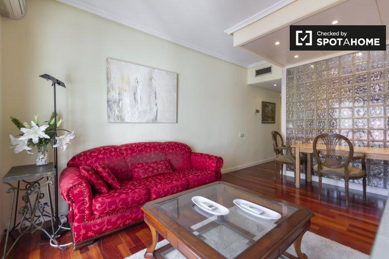 Uroczy 2-pokojowy apartament do wynajęcia w Salamance w Madrycie