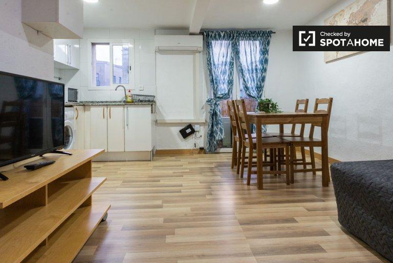 Umeblowane 1-pokojowe mieszkanie do wynajęcia w El Born, Barcelona