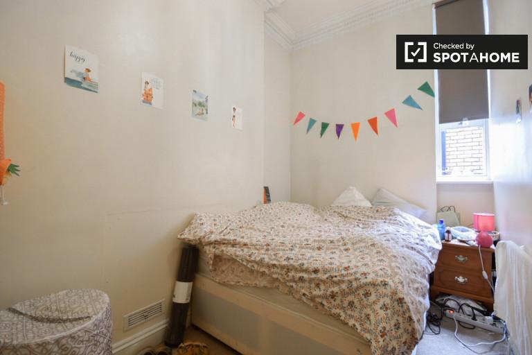 Bedroom C - Double bed