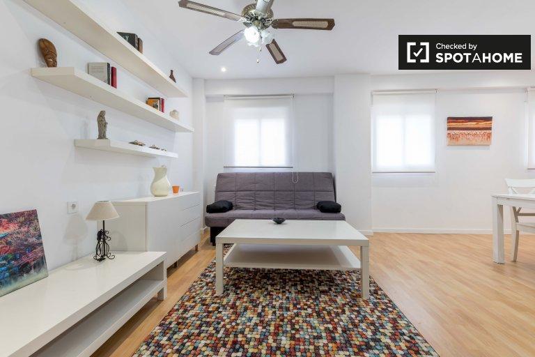 Studio apartment for rent in L'Olivereta, Valencia