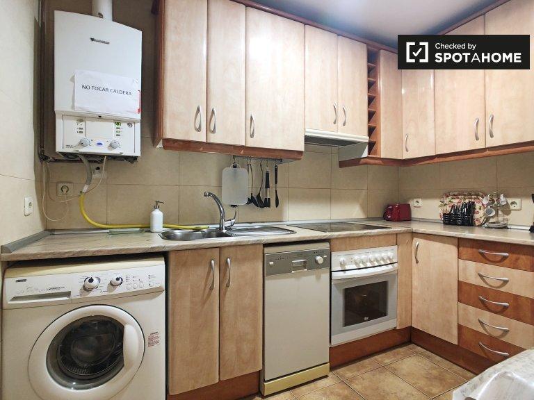 Appartement spacieux de 4 chambres à louer à Carabanchel, Madrid