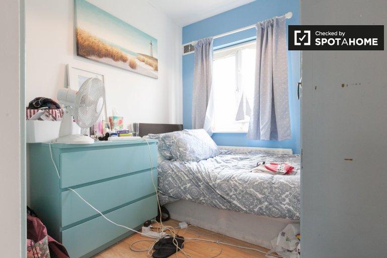 Gemütliches Zimmer zu vermieten in 3-Schlafzimmer-Haus in Clondalkin, Dublin
