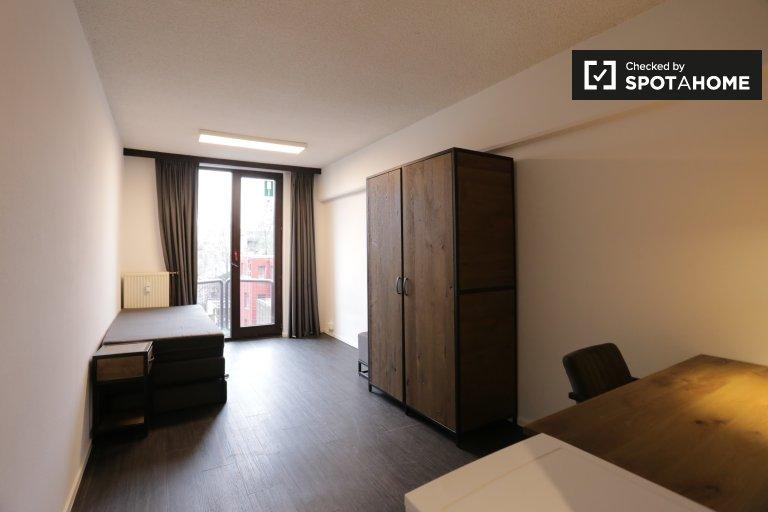 Pitoresca sala em apartamento em Saint Gilles, Bruxelas