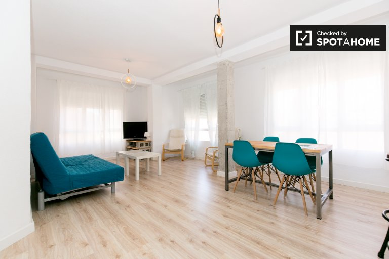 Modern and lovely apartment for rent in San Anton
