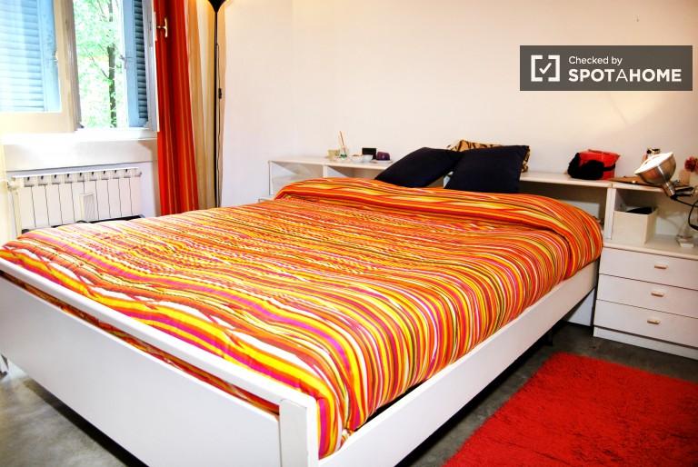 Spaziosa camera da letto matrimoniale