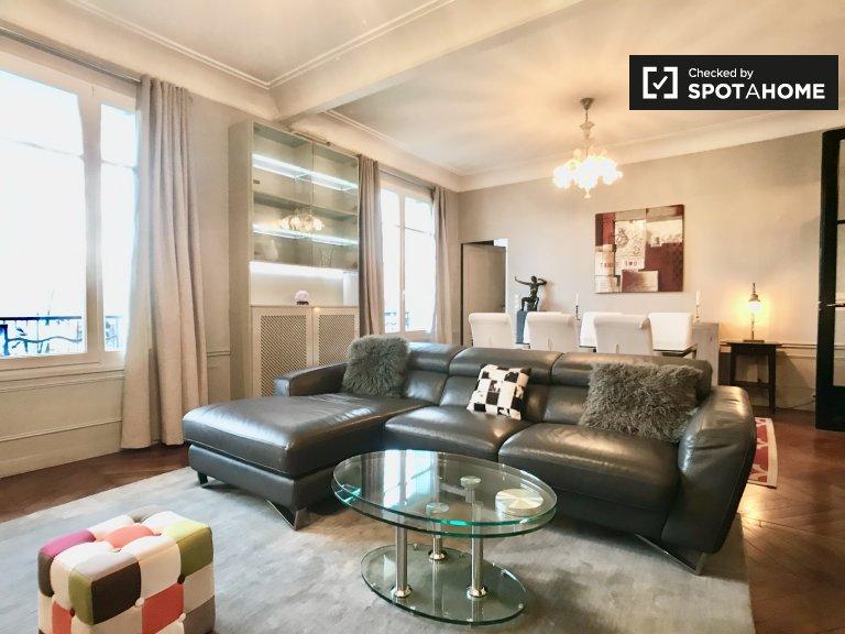 Appartement de 2 chambres à louer à Paris 16