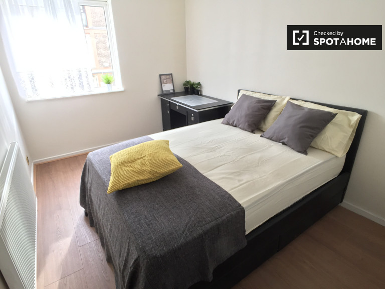Bedroom 4 with a double bed