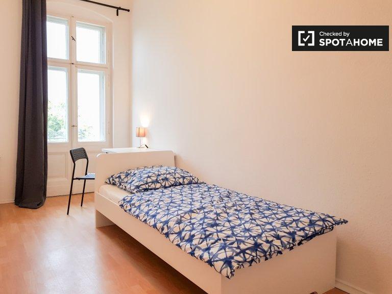 Quarto luminoso para alugar em Pankow, Berlim