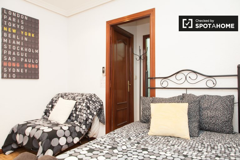 Furnished studio apartment for rent in Madrid Centro