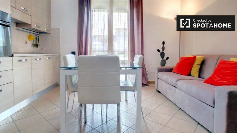 Bright 2-bedroom apartment in Cinisello Balsamo, Milan