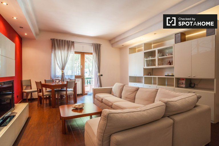 2-bedroom apartment for rent in Ostia, Rome
