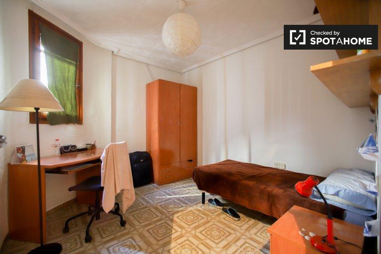 Chambre confortable à louer à L'Eixample, Valence