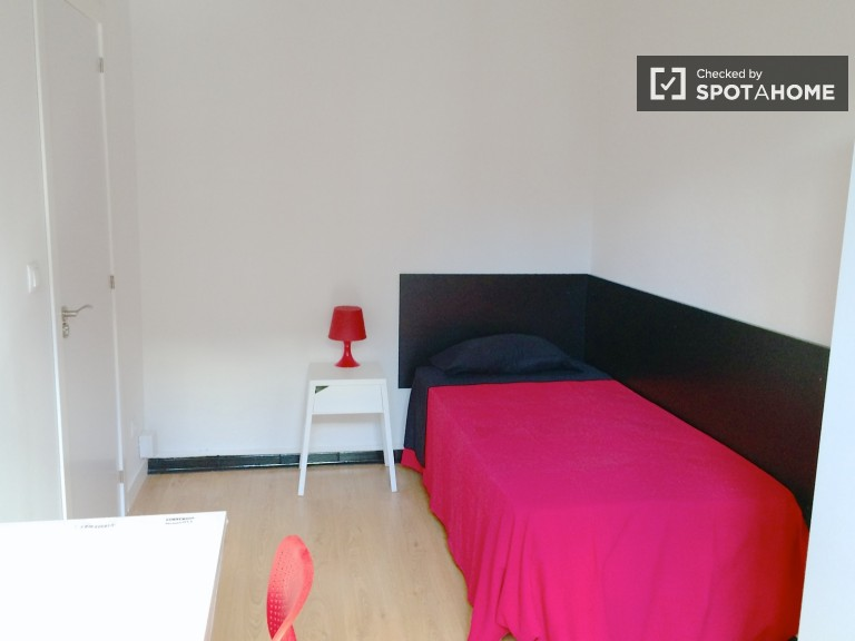 Room 7 - Single bed