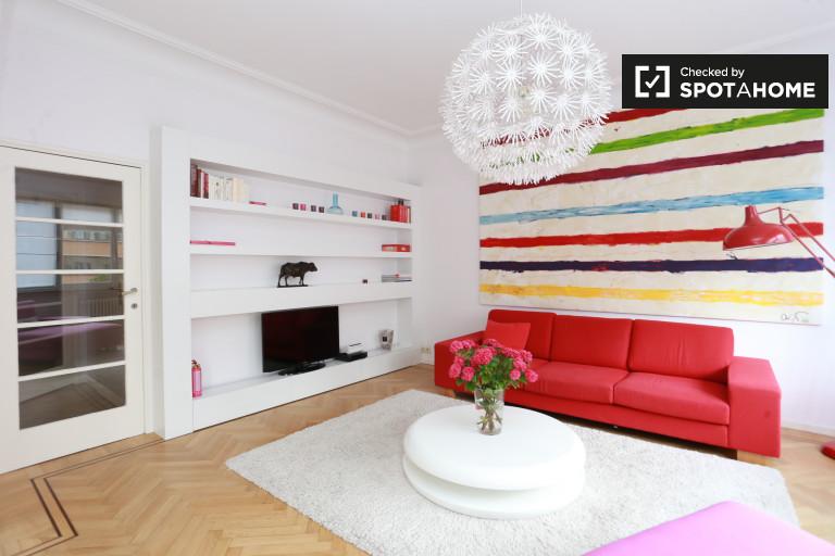 Ixelles, Brüksel'de kiralık şık 3 odalı daire