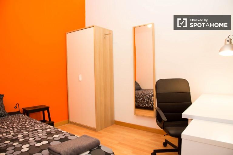 Single interior bedroom