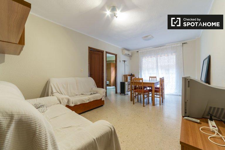 Apartamento de 3 dormitorios en alquiler en Benimaclet, Valencia
