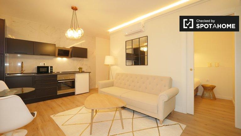 Elegante 1-Zimmer-Wohnung zur Miete in El Raval, Barcelona