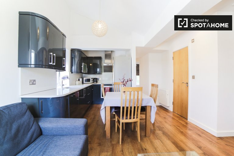 Spacieux appartement de 3 chambres à louer à Kensington, Londres