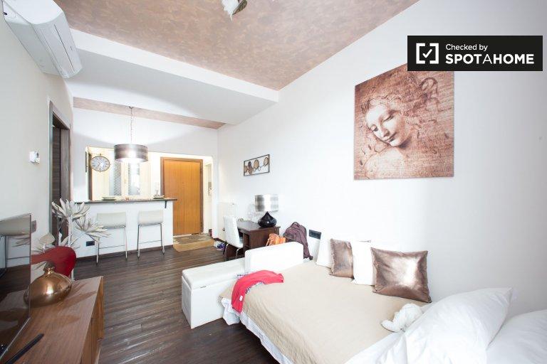 Apartamento de 1 quarto elegante para alugar em Duomo, Milão