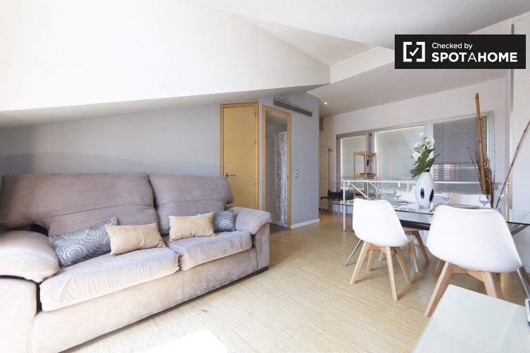 Lindo apartamento de 4 quartos para alugar em Centro, Madrid