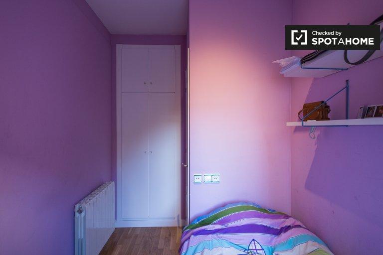 Share a 4-bedroom apartment Villa Olímpica, Barcelona