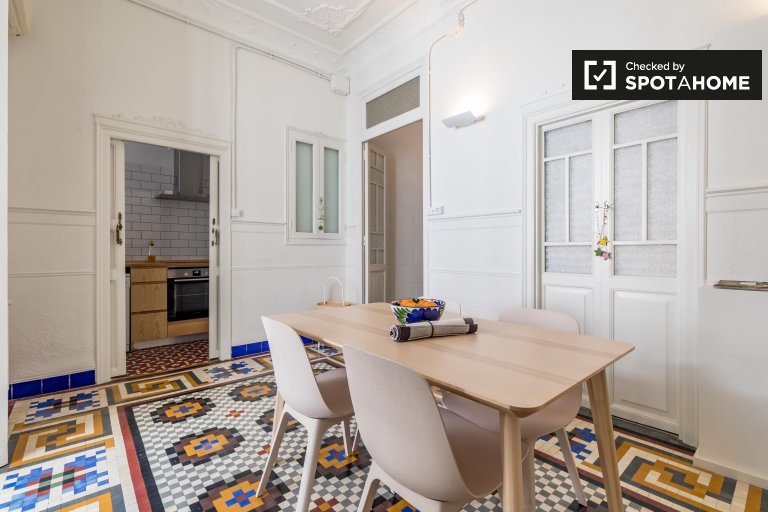 Charming1-bedroom apartment for rent, Extramurs, València