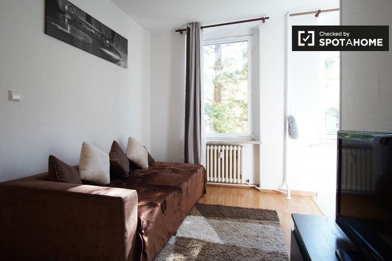 Jasne i nowoczesne 1-pokojowe mieszkanie do wynajęcia w Mitte