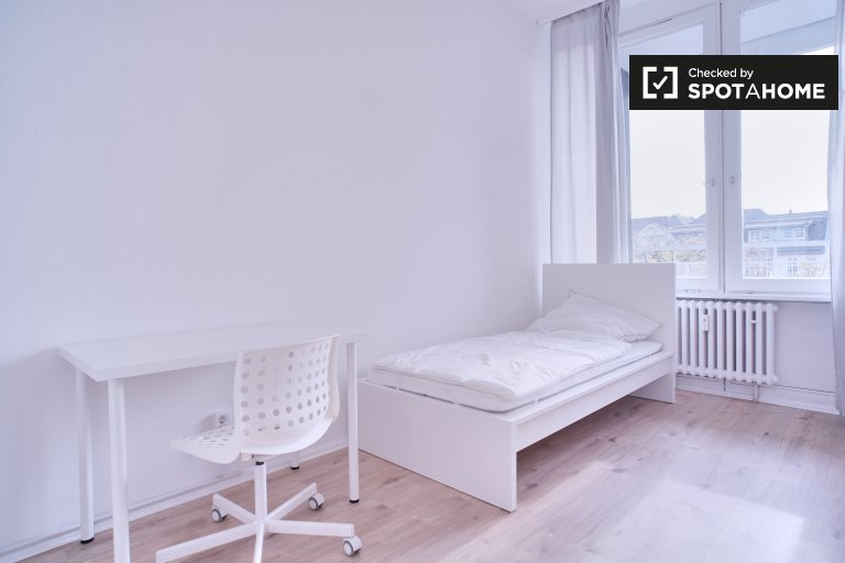 Słoneczny pokój do wynajęcia w Charlottenburg, Berlin