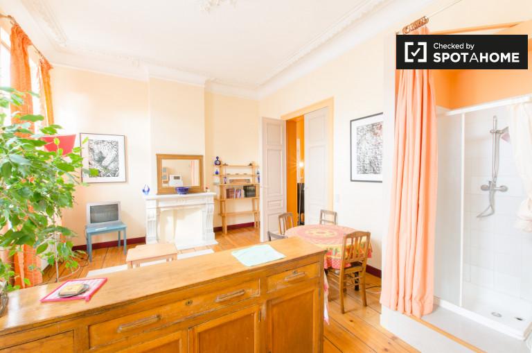 apartamento de 1 dormitorio en alquiler en Saint-Josse, Bruselas