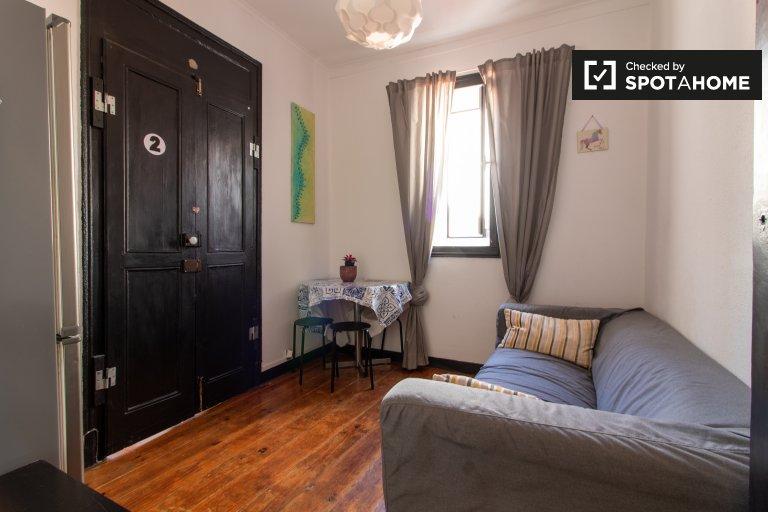 Jolie chambre à louer, appartement de 4 chambres à coucher, Baixa-Chiado, Lisbonne