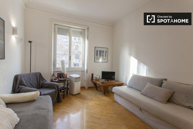 Lindo apartamento de 1 dormitorio en alquiler en Centro Storico, Roma