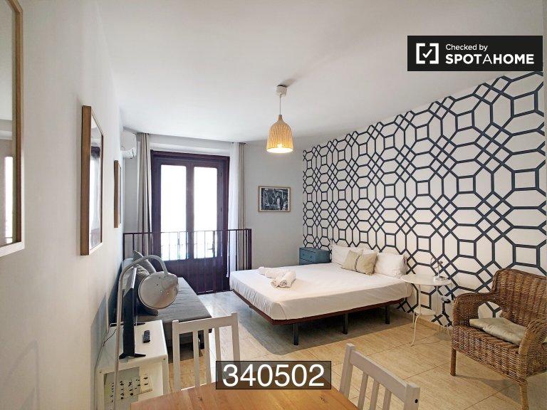 Madrid Centro'da kiralık stüdyo daire