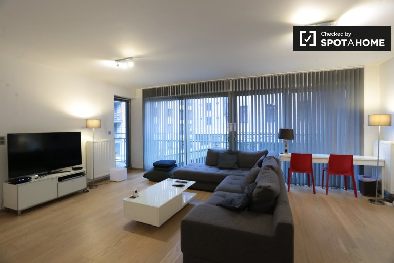 Modern 2-bedroom apartment for rent in Brussels City Center