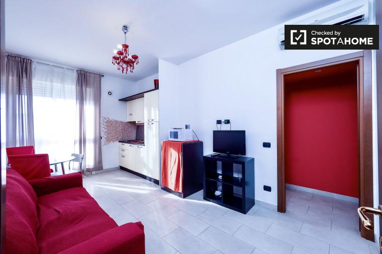 Apartamento espaçoso com 1 quarto para alugar em Buenos Aires, Milão