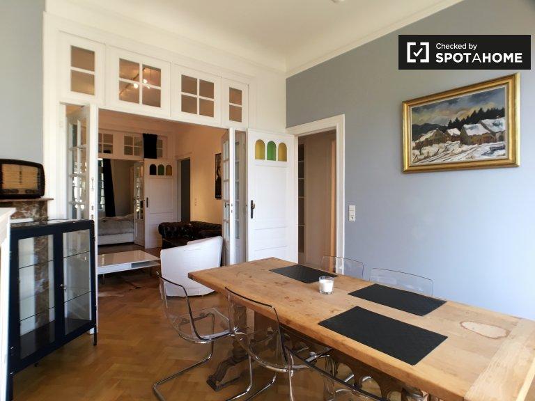 Ixelles, Brüksel'de Kiralık güzel 3 yatak odalı daire