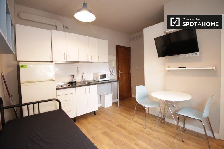 Apartamento estudio compacto en alquiler en Sant Andreu, Barcelona