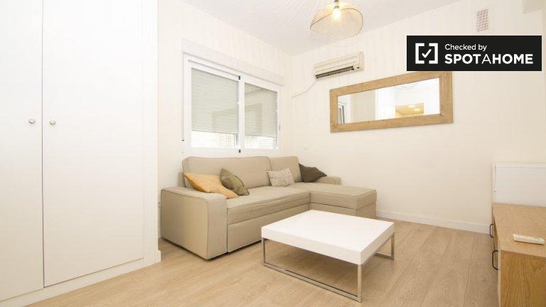 Modernes Studio-Wohnung zu vermieten in Salamanca, Madrid