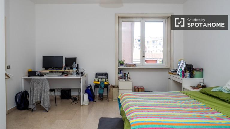 Camera da letto 2 con letto matrimoniale e riscaldamento