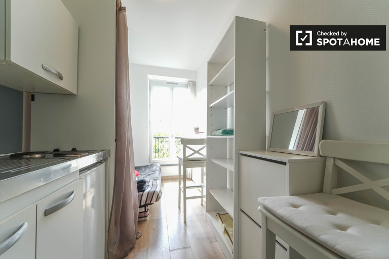 Cosy studio apartment for rent in elegant 17th arrondissement