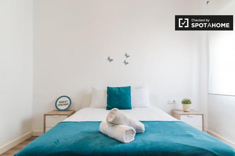 Belle chambre à louer à Eixample, Valence