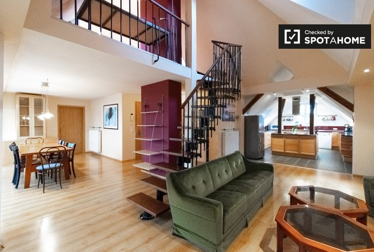 Apartament z 4 sypialniami do wynajęcia w Reinickendorf, Berlin