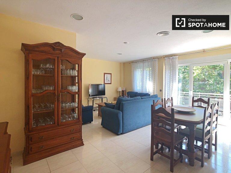 Apartamento de 4 quartos elegante para alugar em Delicias, Madrid