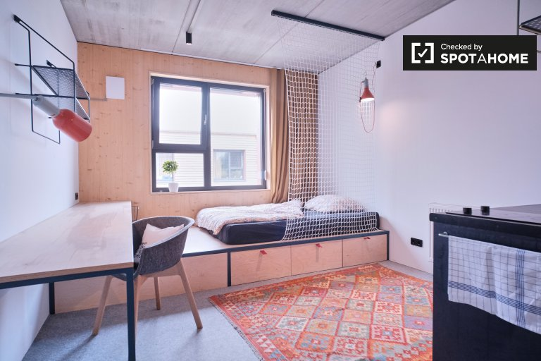 Neat studio apartment for rent in Potsdam, Berlin