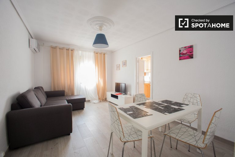 3-bedroom apartment for rent in Poblats Marítims, Valencia