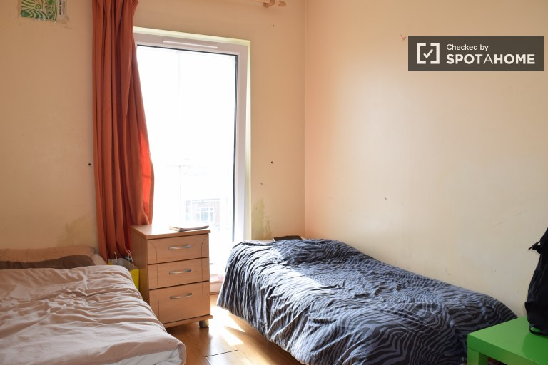 Spacious shared room in shared apartment in Stoneybatter