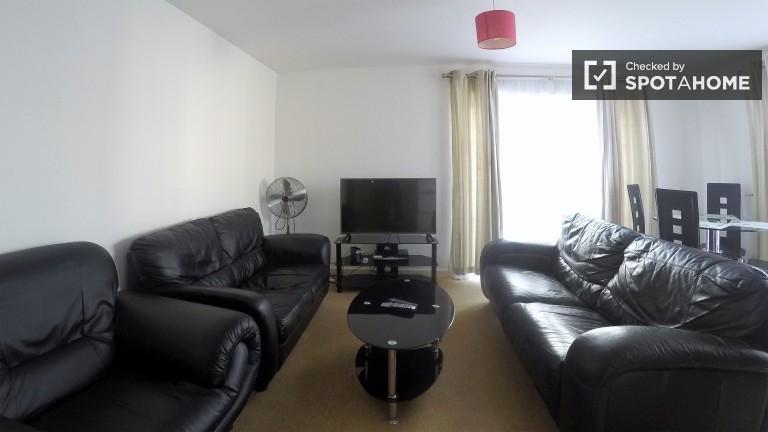 Geräumige 2 Zimmer Wohnung mit Balkon in Leytonstone, London