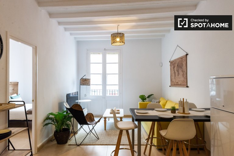 2-bedroom apartment for rent in El Raval, Barcelona